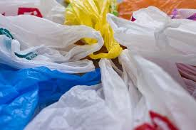 Commission requests Croatia and Romania to reduce plastic bags