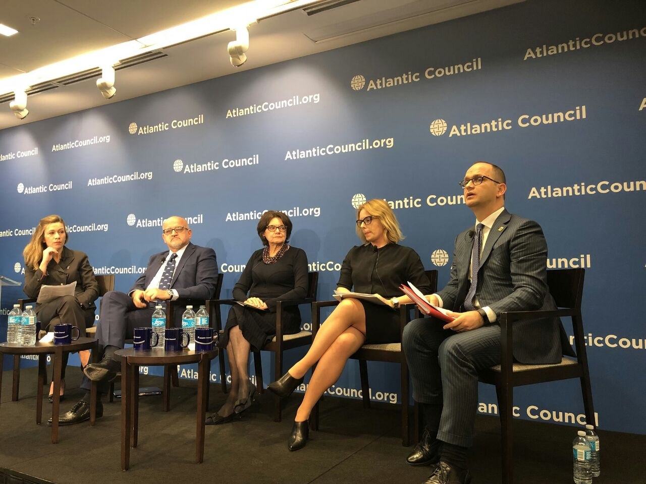 Bushati at the Atlantic Council: Our Challenge, how to transform the West Balkans into a real region