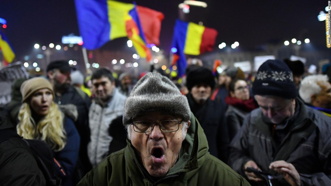 The Romanian protesters, Facebook and the government