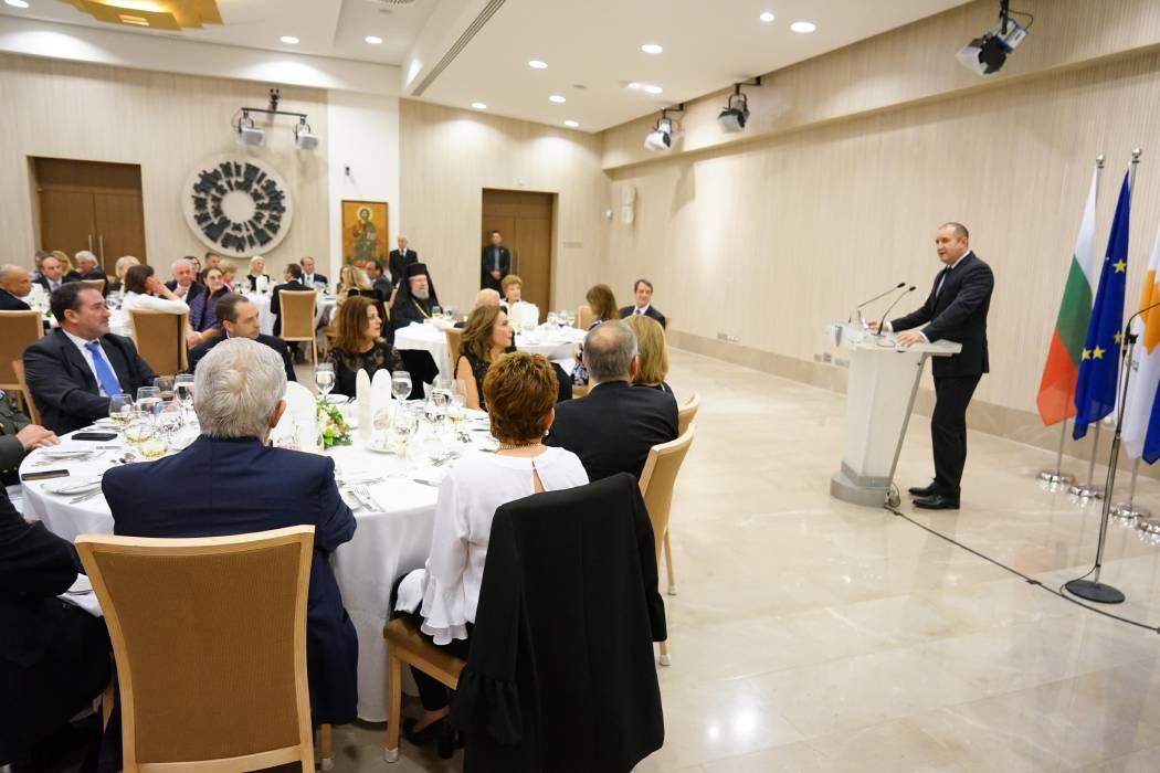 President Anastasiades hosted an official dinner in honour of the President of Bulgaria