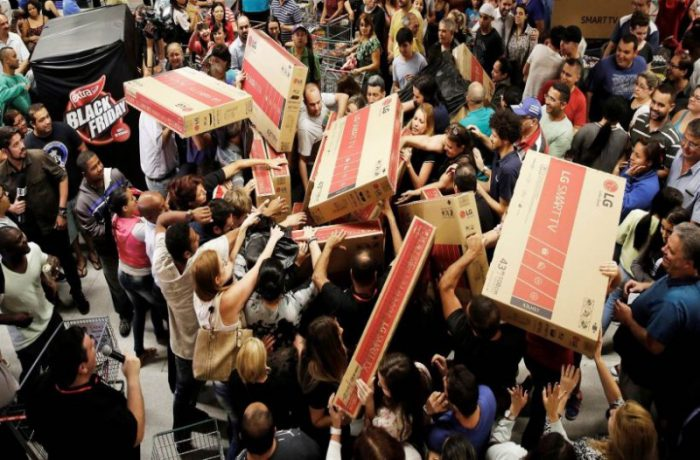 Cypriot and Greek shoppers' Black Friday frenzy