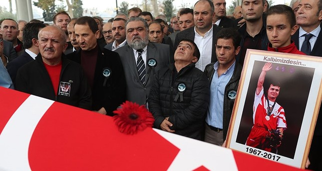 """""""Pocket Hercules"""" Süleymanoğlu dies at the age of 50"""