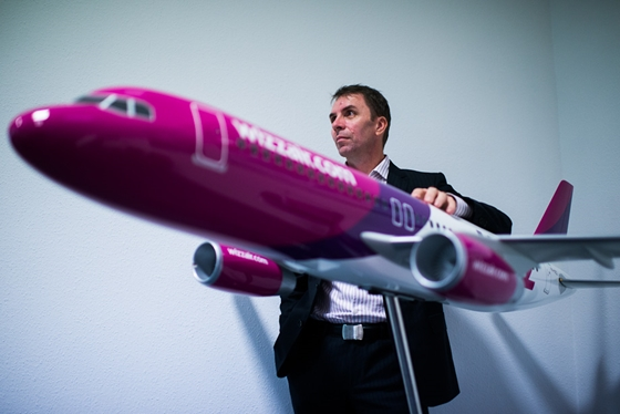 Wizz Air carrier buys 146 new aircrafts and announces new routes from Sofia