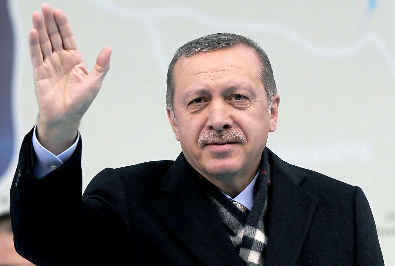 Erdogan the leader who is both government and main opposition