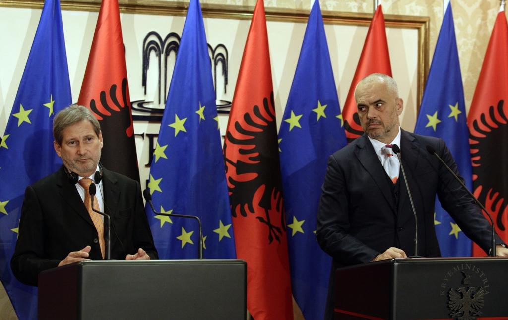 Hahn from Tirana: EU negotiations, Albania should deliver the 5 key priorities