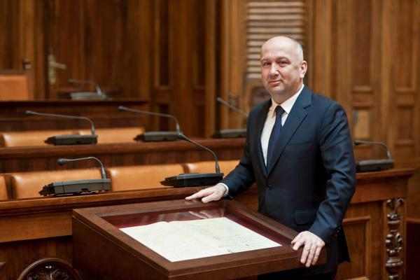 Minister Nenad Popovic one of the richest in Serbia