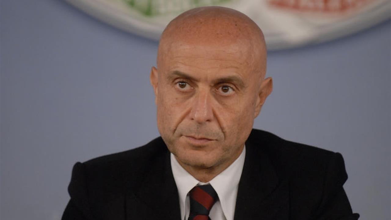 Italy's Interior minister visits Tirana