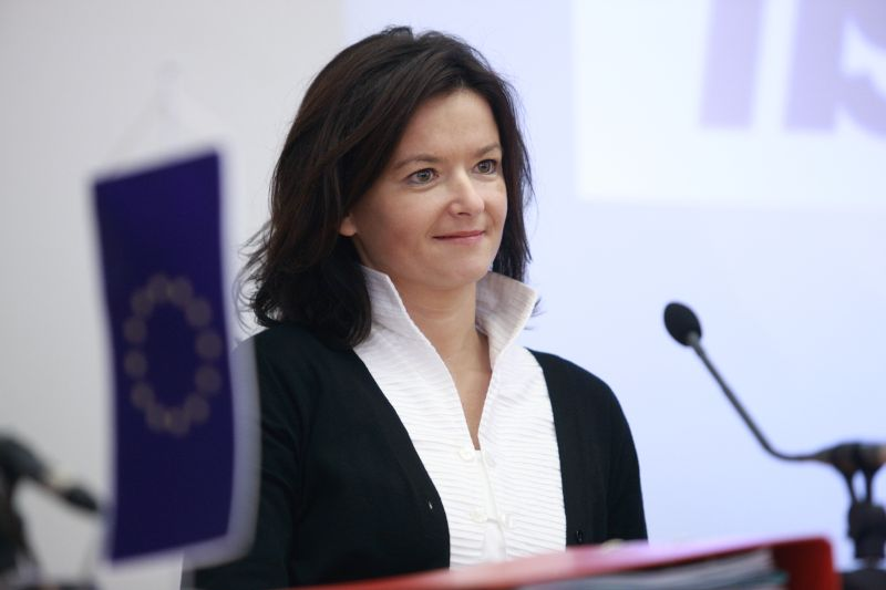 Serbia needs to make changes in its constitution,Slovenian MEP says