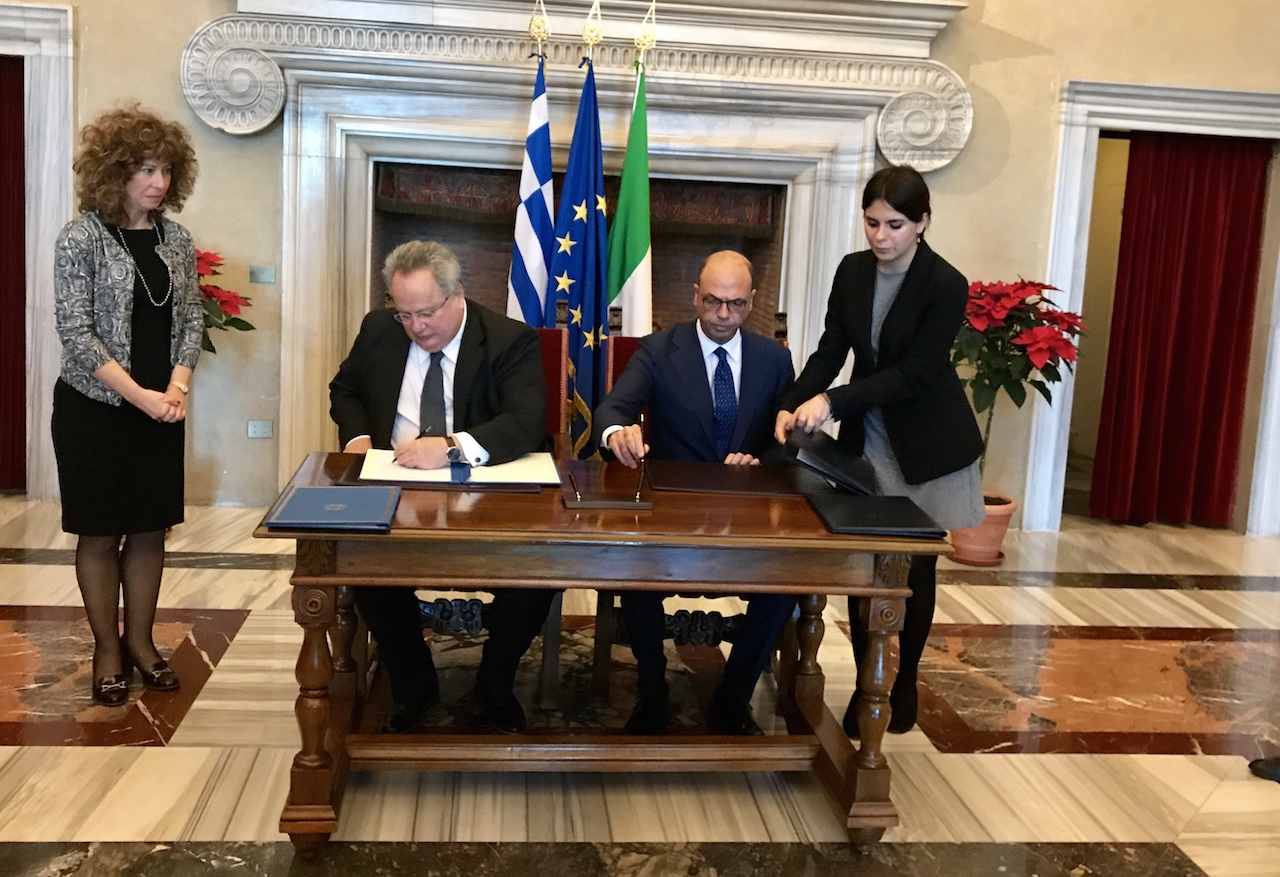 Warm official meeting between Kotzias and Alfano in Rome