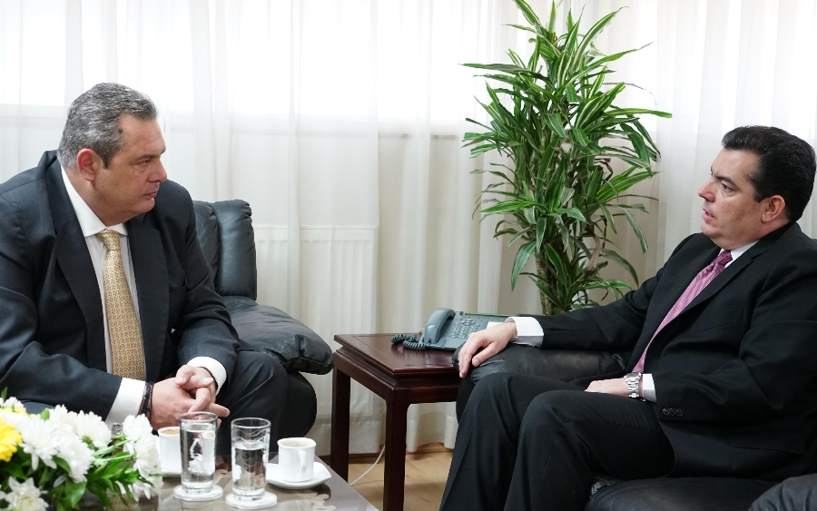 Cyprus' Defence Minister discuss regional cooperation with Greek counterpart