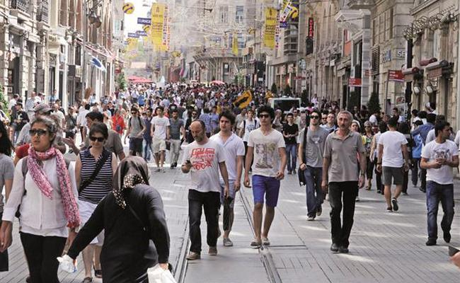 Number of unemployed people in Turkey shrinks