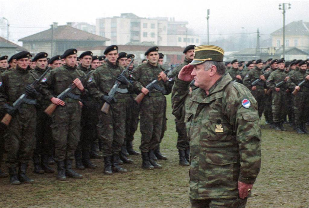 Yugoslav Army helped Mladic while hiding in Belgrade, reads 'confidential' Serbian indictment