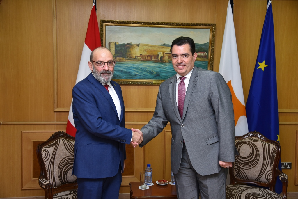 Defence Ministers of Cyprus and Lebanon meet in Nicosia