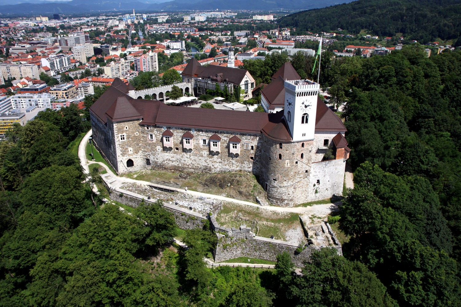 Ljubljana Castle reached new record of visitors in 2017