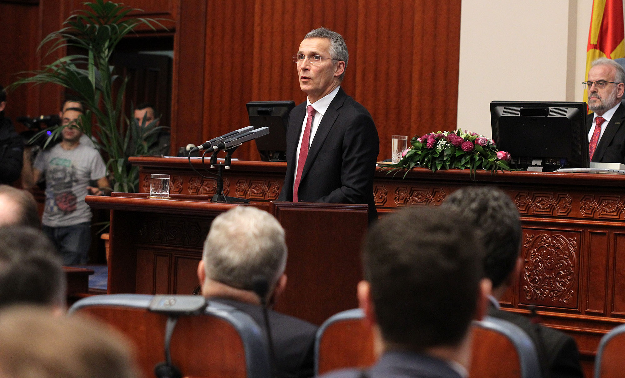 Stoltenberg in Skopje: FYROM in the NATO, there is no plan B besides the solution of the name dispute