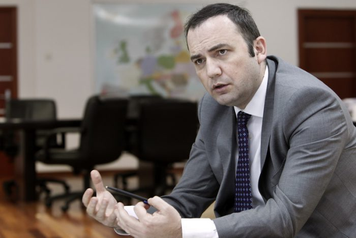 Osmani: Protests should not influence name negotiations