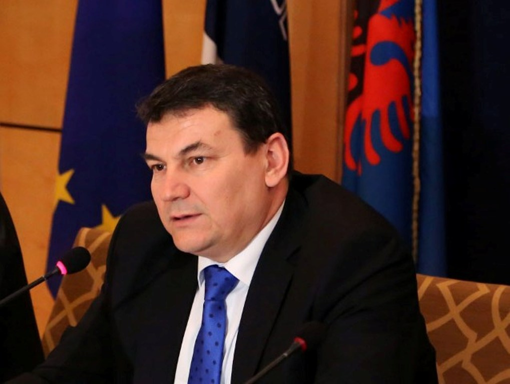 Albanian Police Commissioner discharged