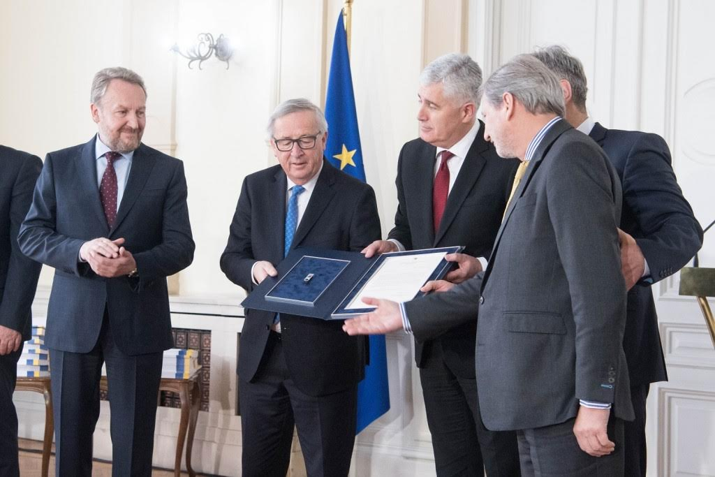 BiH, a step closer to the EU as the leadership hands in the EC Questionnaire