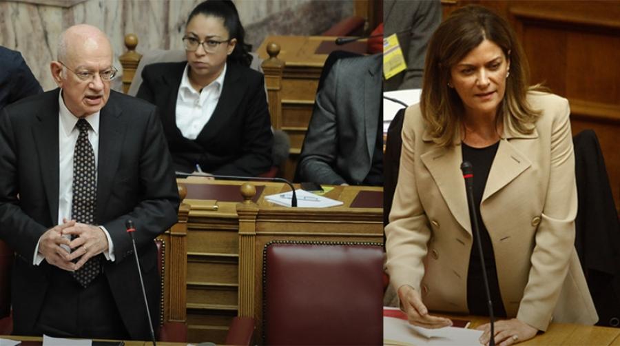 Παραιτήθηκε και ο Υπουργός Οικονομίας και Ανάπτυξης Δημήτρης Παπαδημητρίου