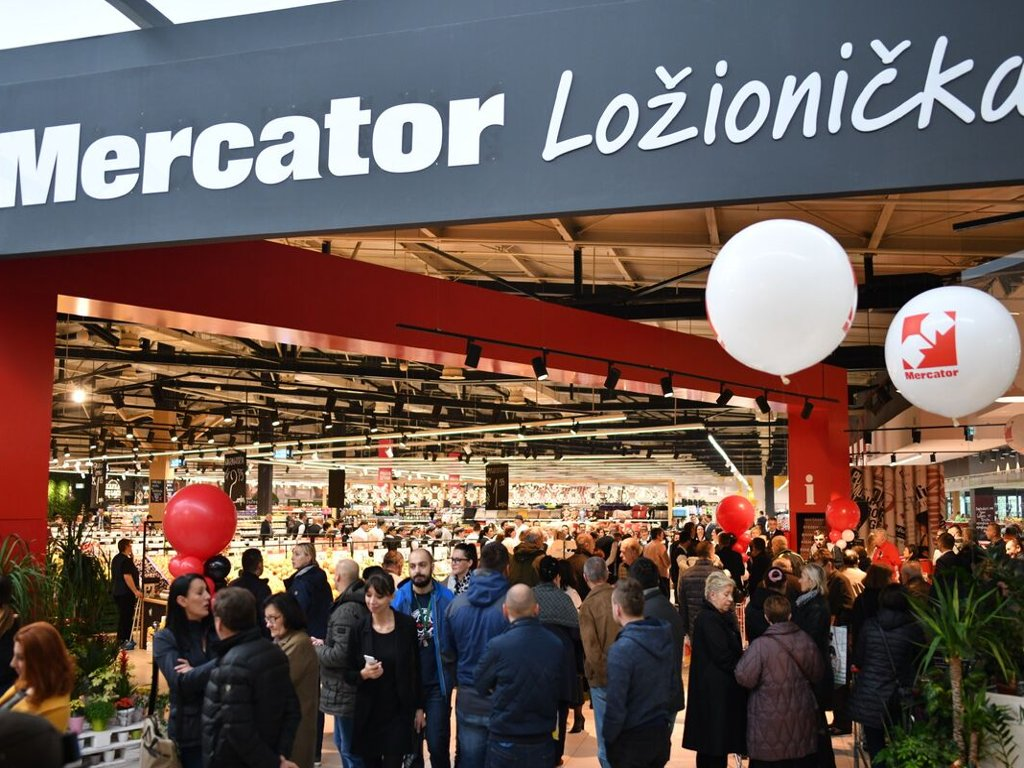 Slovenian government seeks way to save Mercator