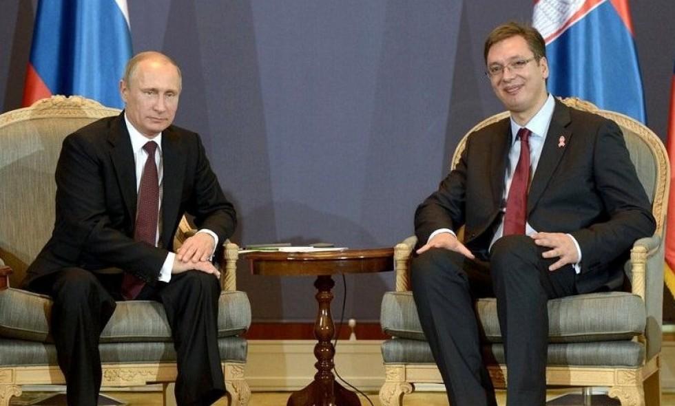 Vucic invites Putin to visit Serbia