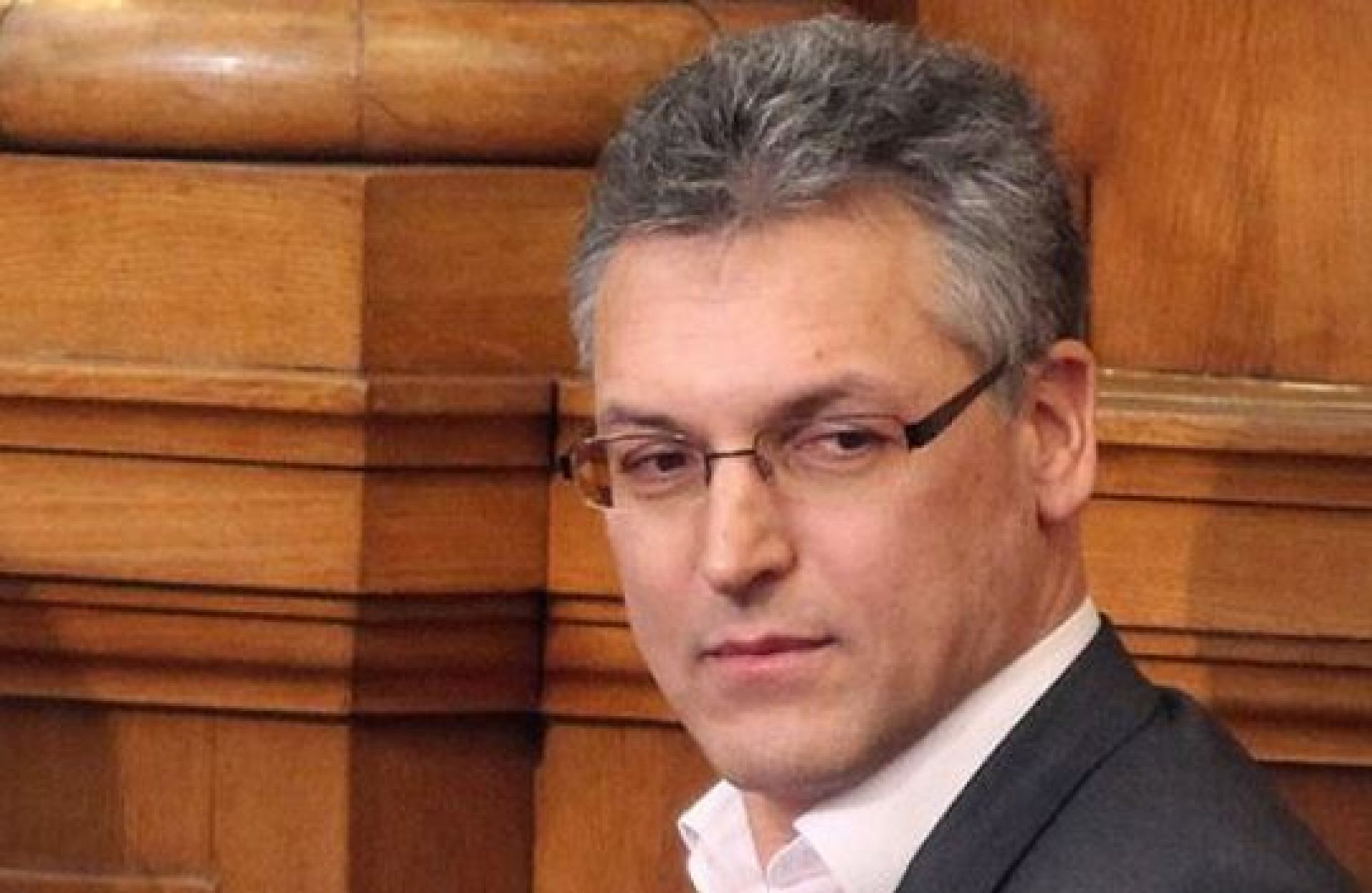 Valeri Zhablyanov ousted by Bulgarian Parliament
