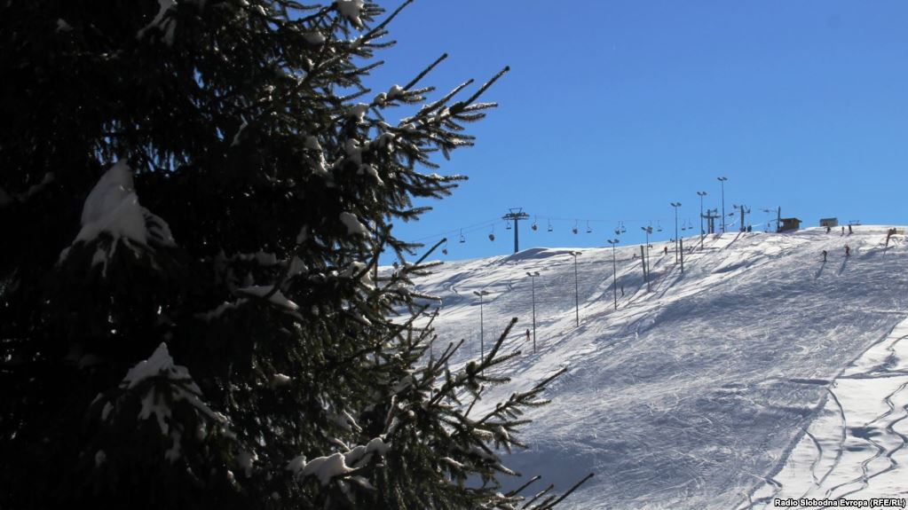 Two climbers die, six skiers were rescued in the mountains of FYROM