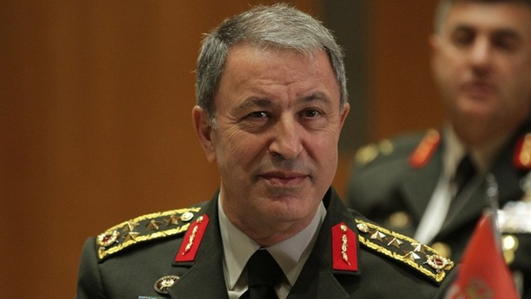 Akar προς Αποστολάκη: «Συγχαρητήρια για την εκλογή σου. Σε περιμένω στην Τουρκία»