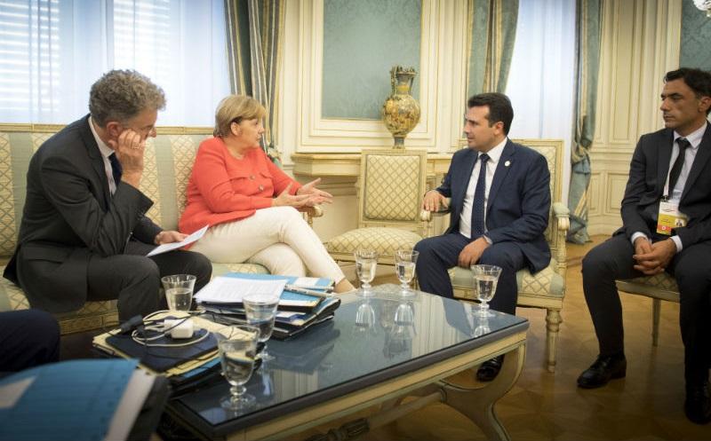 Συνάντηση Zaev – Merkel στο Βερολίνο.