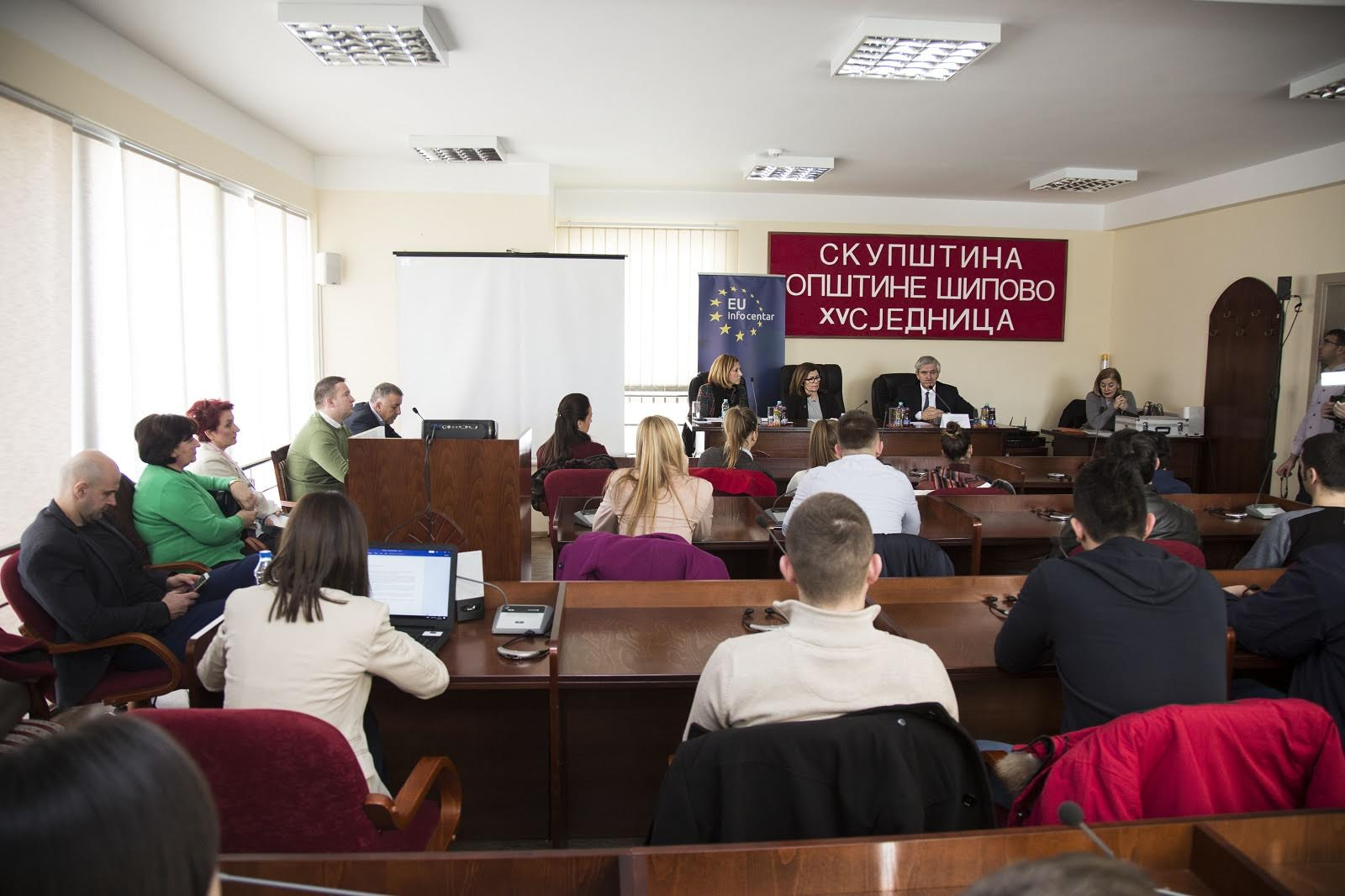 Citizens of Šipovo talked with ambassadors