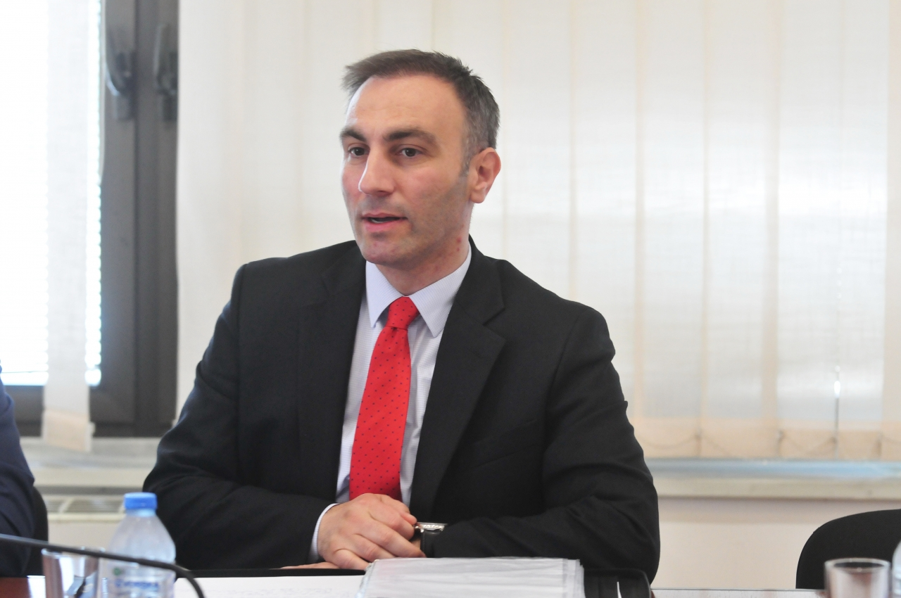 FYROM: Grubi demands assistance from the US in solving the name dispute