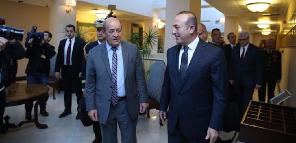 Phone conversation between Turkish and French FMs