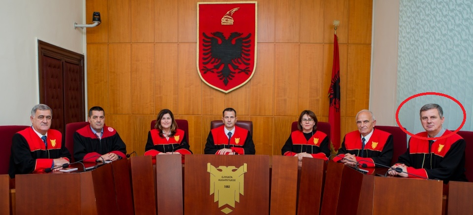 The first result of the vetting process, Constitutional Court justice discharged