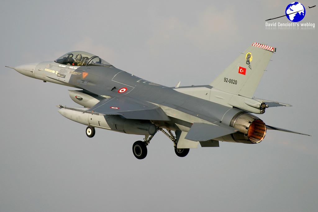 Turkish training F-16 jet crashes, one soldier dead according to sources