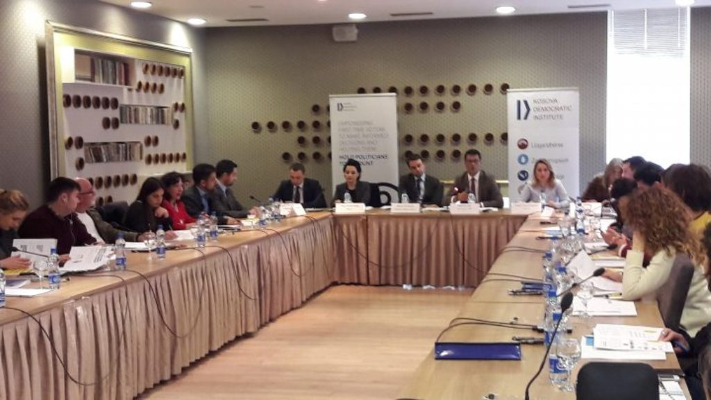 KDI's survey: These are the main concerns that youth in Kosovo face