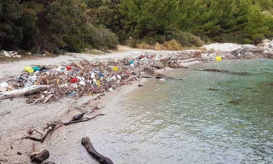 Croatia-Albania agreement onpulling up plastic 'whirlpool'
