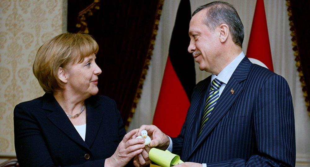 Erdogan, Merkel speak over the phone about counter-terrorism