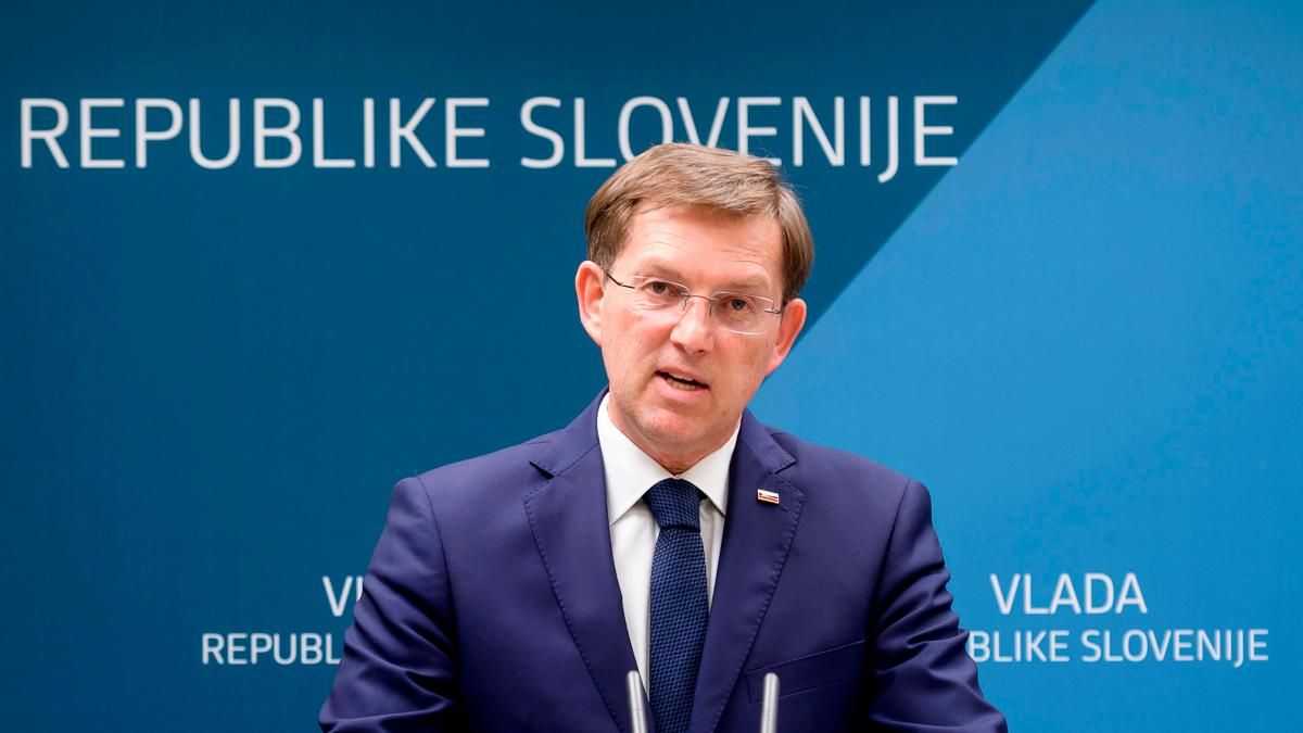 Slovenian PM submits resignation – Not major impact on economy