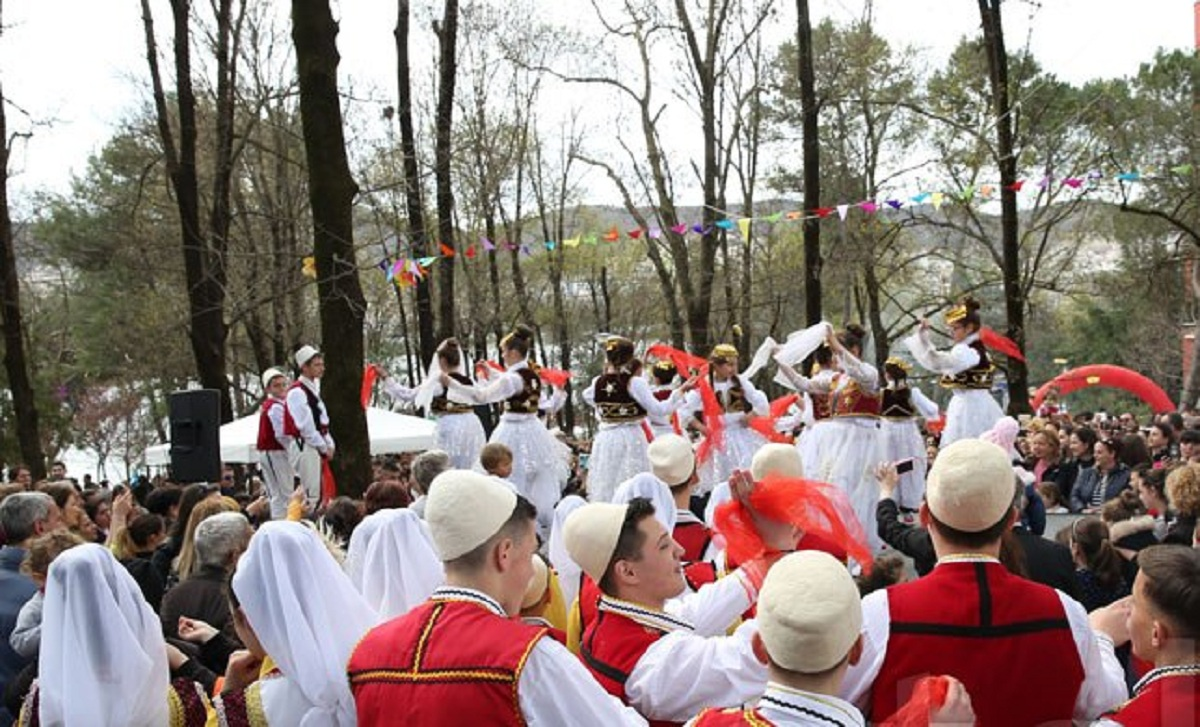 Summer Day celebrated in Albania, politicians address messages