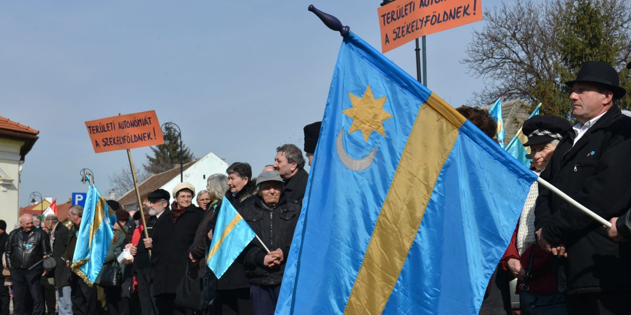 Romania's largest community of ethnic Hungarians demand autonomy