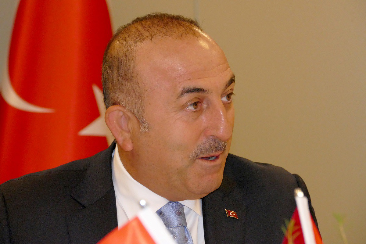 "Cavusoglu: ""Greeks' faits accomplis do not cause Turkey to shift from its positions over the Aegean"""