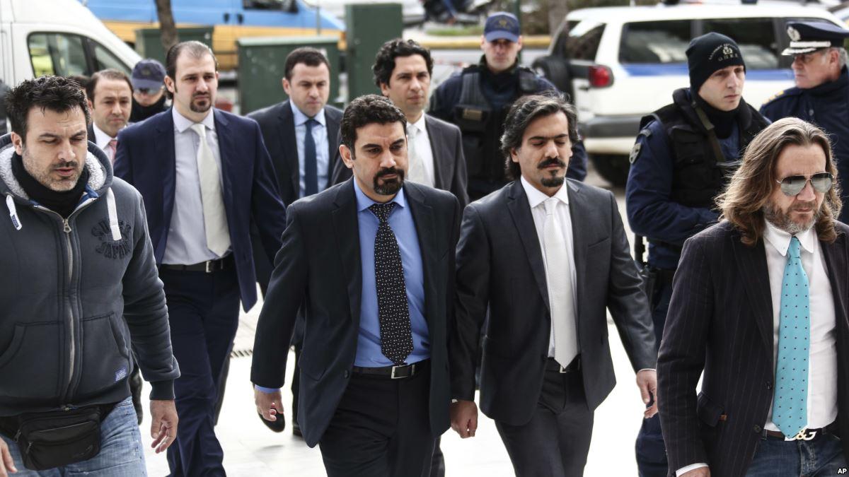 The 1st of the 8 Turkish servicemen seeking asylum in Greece, released