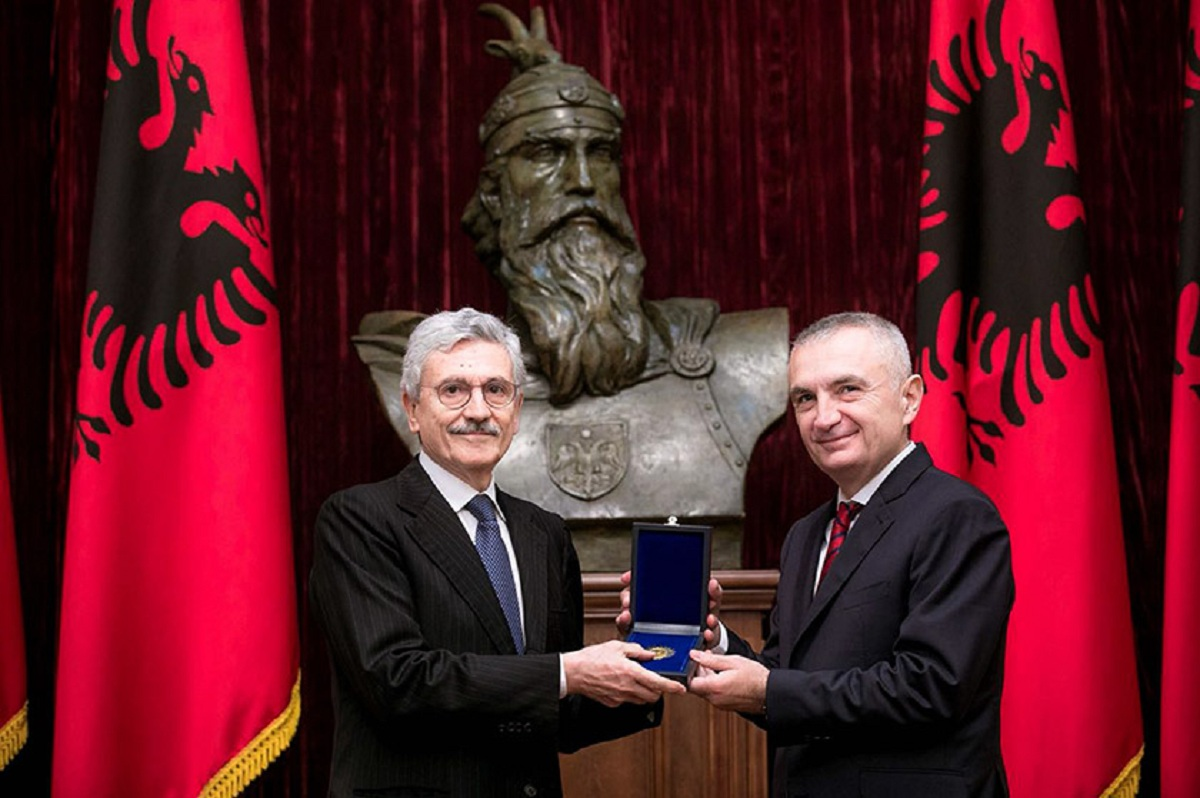"Former Italian PM, D'Alema is awarded ""Mother Teresa"" medal by the Albanian President"