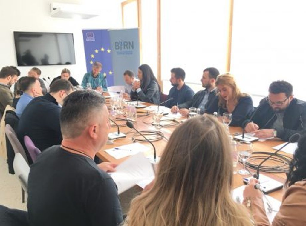 Journalists from different communities in Kosovo try to overcome barriers of cooperation
