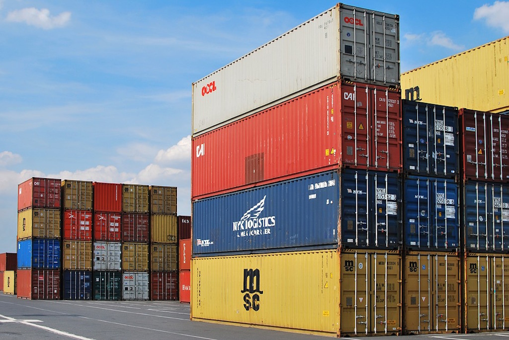 Bulgaria's exports in January – February 2018 up by 2.9%, trade balance negative – statistics institute