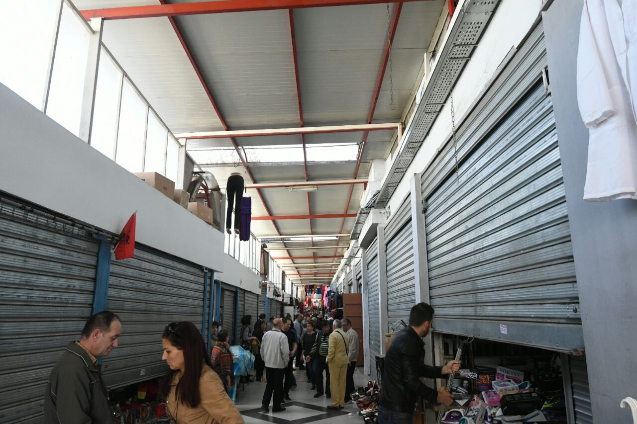 Albania: Small businesses protest against the introduction of VAT