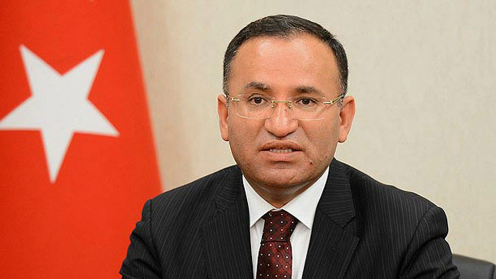 Bozdag speaks of 'civilian massacre'in Gaza and calls on Israel to end it