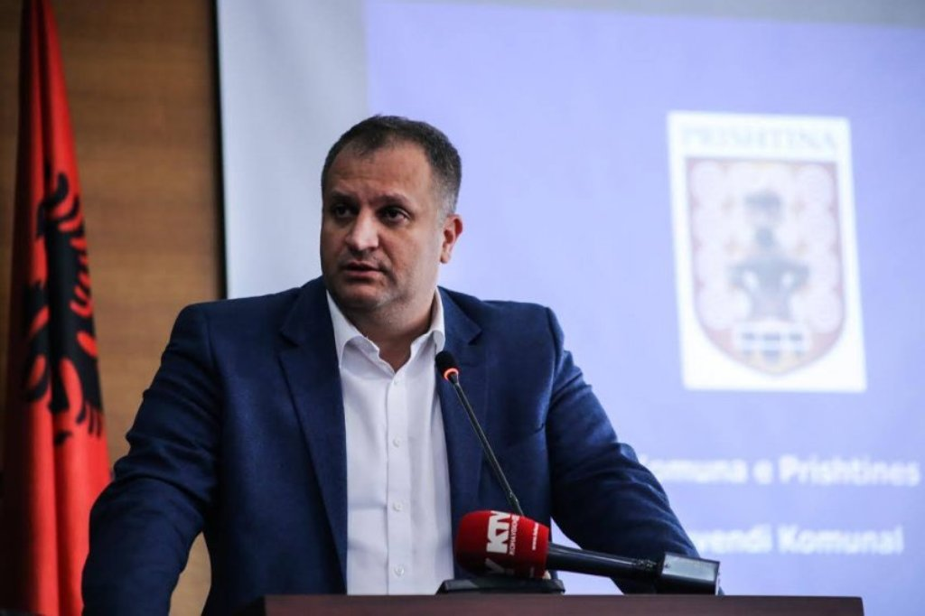 Shpend Ahmeti elected chairman of the Social Democratic Party of Kosovo
