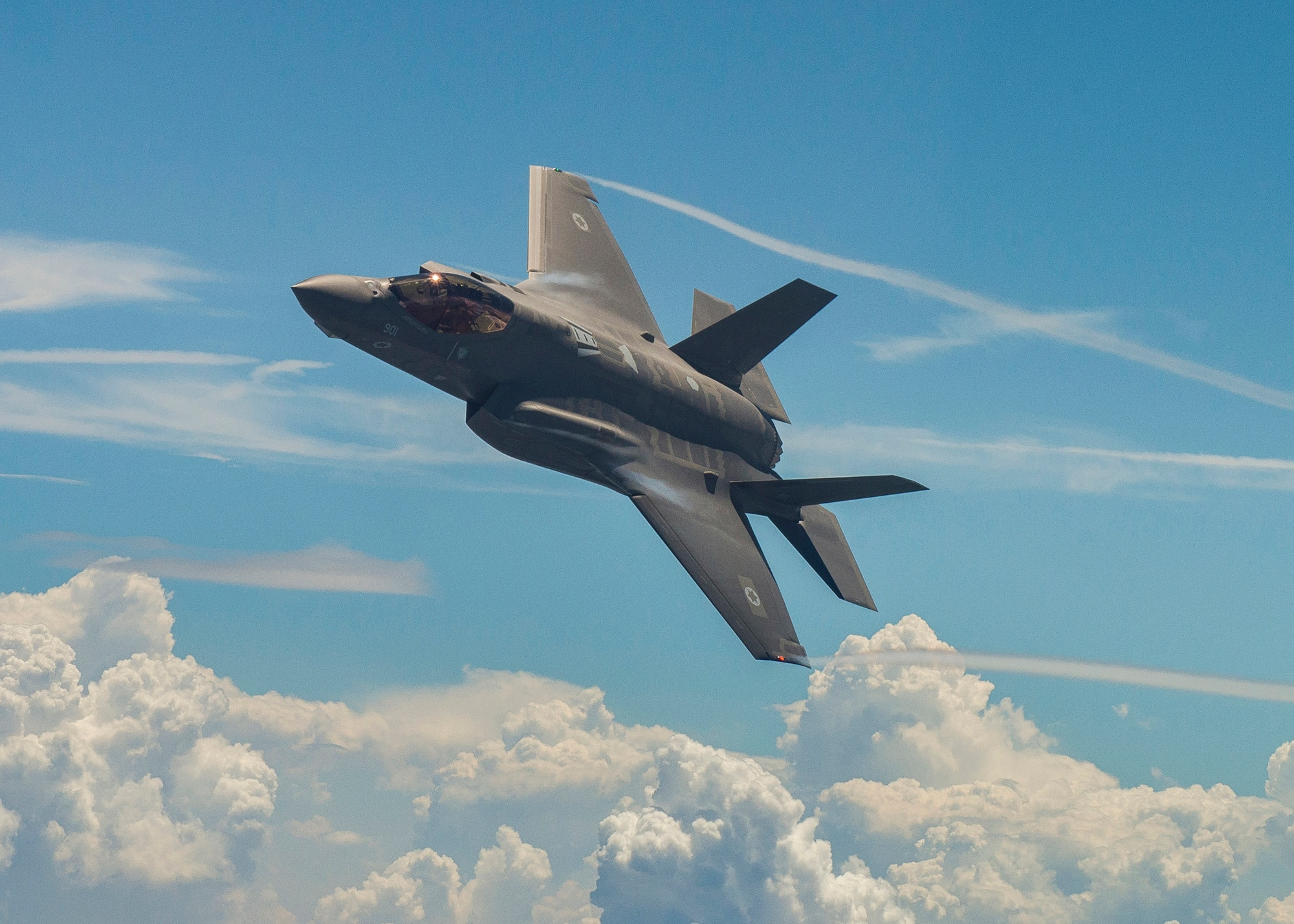 Will Washington block the F-35 sale to Turkey if Ankara buys the S-400 from Moscow?
