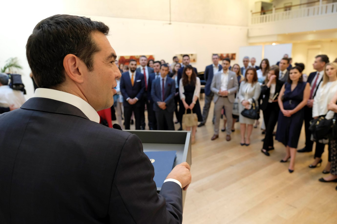 Alexis Tsipras meets with Greek professionals in London
